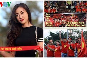 'Mở hội' trên đất Lào, CĐV Việt Nam tiếp lửa thầy trò HLV Park Hang Seo