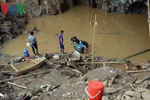 Sập mỏ vàng ở Hòa Bình: 'Không còn hy vọng nữa đâu'