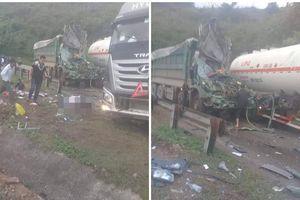 Hiện trường vụ tai nạn nghiêm trọng ở Hòa Bình khiến người đi đường ám ảnh