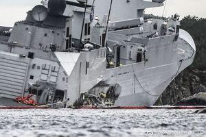 Cận cảnh thiệt hại nặng nề của khu trục hạm Aegis sau khi bị tàu chở dầu 'hạ gục'