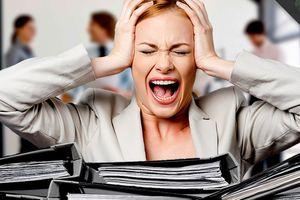 Mối nguy hại khôn lường khi làm việc quá sức