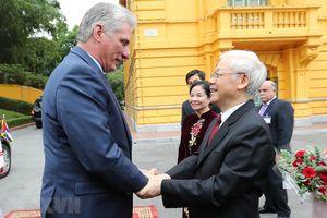 Tổng bí thư, Chủ tịch nước đón Chủ tịch Cuba thăm Việt Nam