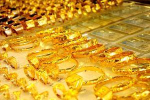 FED dự kiến tăng lãi suất đồng USD vào tháng 12, vàng tiếp tục giảm giá