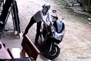 Thầy giáo trộm xe ở nhà hiệu phó, từng đánh học sinh