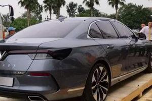 Ô tô VinFast đẹp long lanh bất ngờ xuất hiện tại Việt Nam