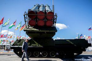Choáng với siêu tên lửa Nga mang tới Trung Quốc 'khoe hàng'