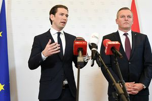 Áo bắt đại tá quân đội về hưu nghi làm gián điệp cho Nga