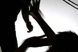 Truy bắt gã chồng giết vợ dã man khi chờ ly hôn