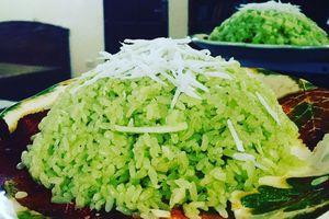 Cách nấu xôi lá dứa nước cốt dừa ăn là nghiền