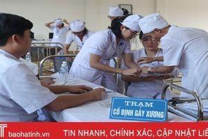 100 bác sỹ, điều dưỡng BVĐK TP Hà Tĩnh thi tay nghề năm 2018