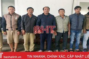 Bắt quả tang 7 'con bạc' cùng một xã ở Hà Tĩnh