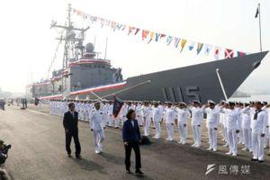 Đài Loan tiếp nhận hai 'sát thủ săn tàu ngầm' của Mỹ
