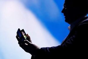 Samsung gây choáng ngợp với màn ra mắt điện thoại gập màn hình