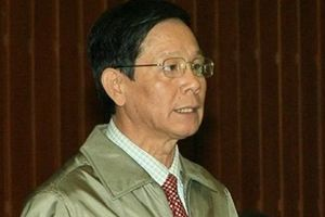 Ông Phan Văn Vĩnh vẫn quyết dự tòa dù đột ngột ngã quỵ tại bệnh viện
