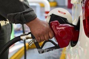 Giá dầu châu Á tăng nhẹ dù nguồn cung tăng