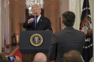 Nhà Trắng 'cấm cửa' phóng viên đấu khẩu với Tổng thống Trump