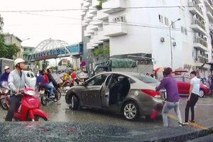 Tài xế ô tô bị chém đứt gân tay sau va chạm giao thông