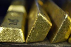 Giá vàng miếng hạ, USD tự do tăng thêm