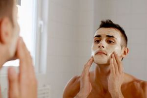 5 thói quen khi chăm sóc khiến làn da bạn lão hóa nhanh chóng, số 4 rất nhiều chị em mắc phải