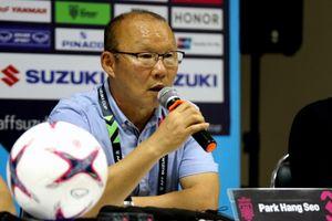 Vì sao HLV Park Hang Seo giận dữ lúc cuối trận ĐT Việt Nam thắng ĐT Lào?