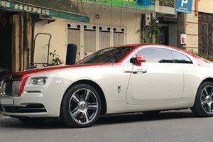 Xe siêu sang Rolls-Royce Wraith phối màu lạ xuất hiện ở Hà Nội