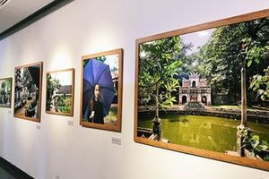 Khám phá hành trình 'Chùa Việt Nam' dưới ống kính nhiếp ảnh gia Pháp