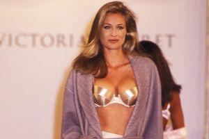 Chiêm ngưỡng show diễn đầu tiên của Victoria's Secret