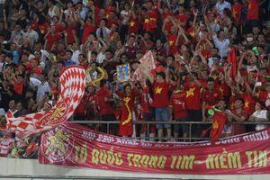 Báo châu Á: CĐV Việt Nam biến sân khách thành sân nhà