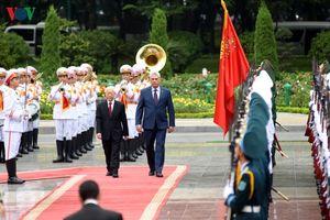 Hình ảnh lễ đón tiếp Chủ tịch Cuba Miguel Diaz Canel và Phu nhân tại Hà Nội