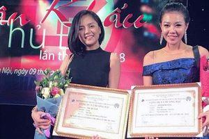 Hai nữ diễn viên phim Quỳnh búp bê cùng đoạt Giải Bạc tại Liên hoan sân khấu Thủ đô