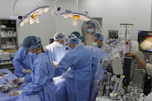 Bệnh nhân nghèo sẽ không tốn 40 triệu đồng mua van tim nhân tạo khi được phẫu thuật bằng phương pháp này