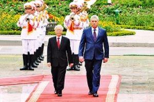 Tổng Bí thư, Chủ tịch nước đón, hội đàm; Thủ tướng, Chủ tịch Quốc hội hội kiến Chủ tịch Cu-ba