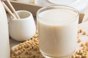 Vì sao sữa đậu nành là tốt nhất để thay thế cho sữa bò?