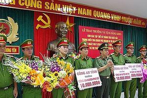 Công an tỉnh Hưng Yên: Kịp thời khen thưởng những chiến công xuất sắc của các đơn vị