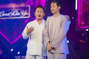 Lần đầu diễn hài cùng Hoài Linh, Bằng Kiều thăng hoa trên sân khấu