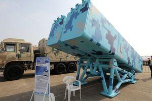 Trung Quốc lần đầu khoe 2 vũ khí 'tối mật' đang có mặt ở Biển Đông và Hoa Đông