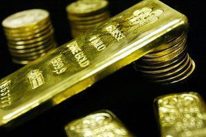 Giá vàng sụt 2% trong tuần