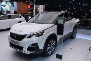 Peugeot 3008 HYBRID4 vừa ra mắt có gì để níu kéo khách hàng?