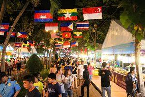 Sài Gòn cuối tuần: Đi đâu? Xem gì?