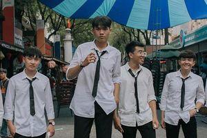 Nam sinh Sài Gòn gặp nhiều rắc rối khi 18 tuổi đã cao 1,96 m