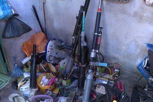 Vĩnh Long: Phát hiện cả kho súng tự chế tại phòng trọ