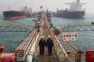 Mỹ buộc Iraq cắt giảm mua dầu của Iran