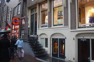 Amsterdam chuẩn bị di dời 'phố đèn đỏ'