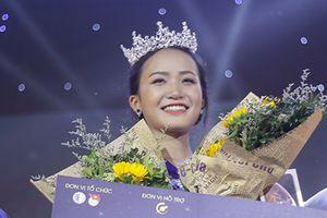 Trả lời câu hỏi về phụ nữ '3 N' quá xuất sắc, nữ sinh Ninh Bình đăng quang hoa khôi ĐH Luật