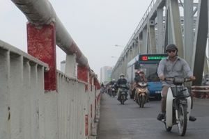 Tổ chức phân luồng giao thông linh hoạt trên cầu Chương Dương