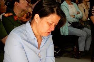 Bảo mẫu bạo hành trẻ ở Đà Nẵng lĩnh 2 năm tù