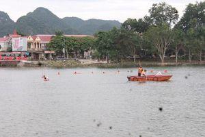 Nghệ An: Hàng trăm người tìm kiếm người đàn ông mất tích ở hồ Thung Mây