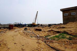 Công trình lấn sông Mã cả ngàn mét vuông