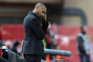 Henry cúi đầu nhìn Monaco bị PSG vùi dập trên sân nhà