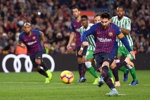 Siêu kịch tính đến không ngờ, Barca thất thủ 3 - 4 trước Betis trong ngày Messi trở lại